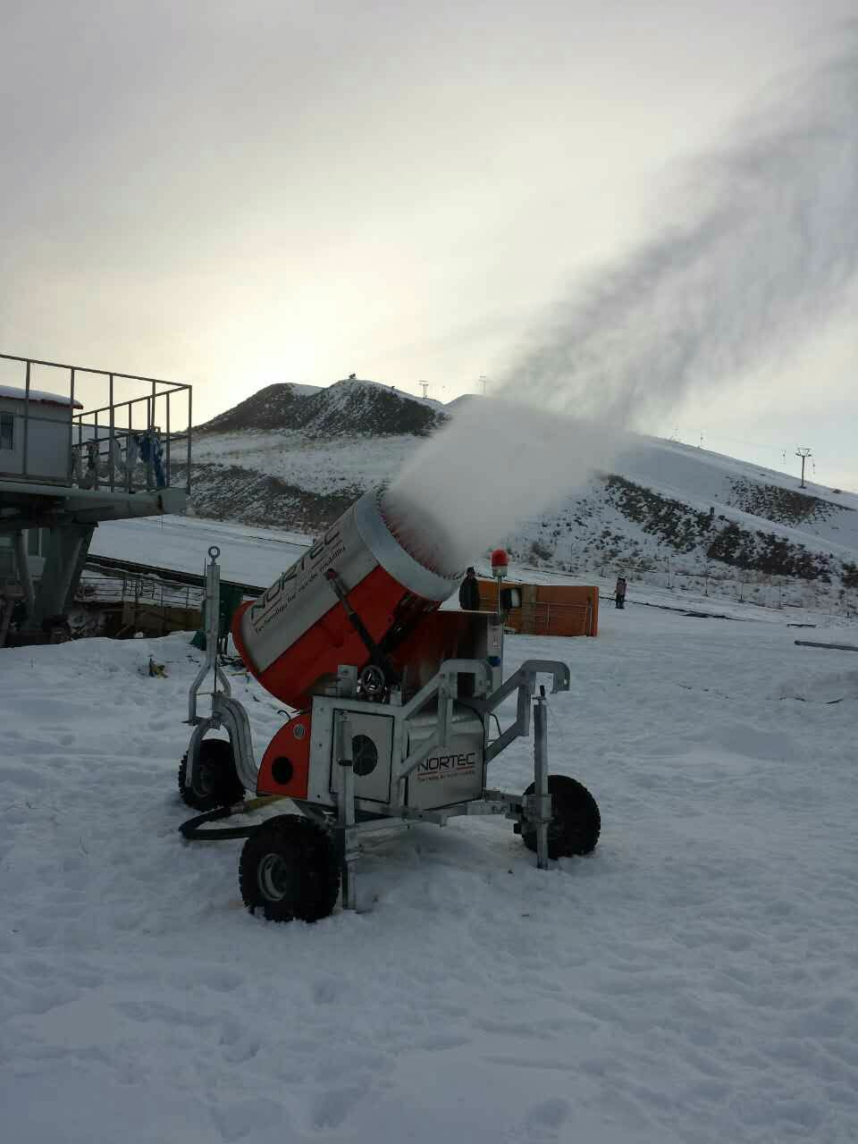 Snow Making Machine/ Snow Guns - Buy Snow Making Machine ...