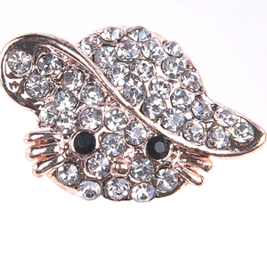 07db1ac3e Crystal Hello Kitty Brooch, Crystal Hello Kitty Brooch Suppliers and  Manufacturers at Alibaba.com