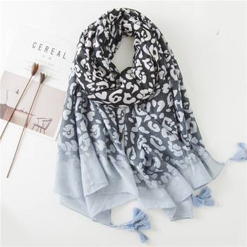 Wholesale Fashion Vintage Style Leopard Digital Print Tassel Women Summer Beach Scarf