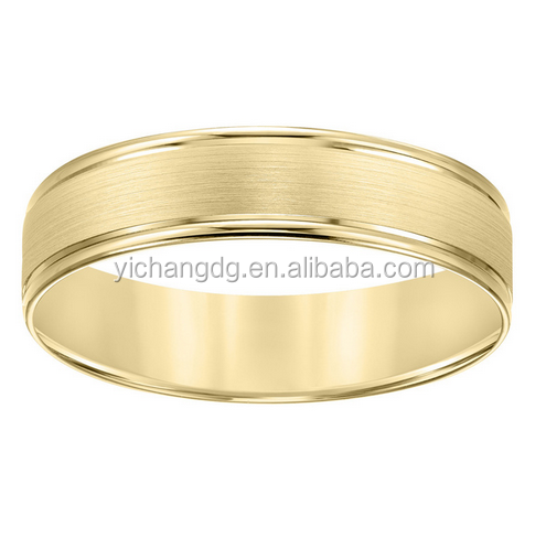 India 10k Yellow Gold Men's Sleek Wedding Band Ring for Wholesale