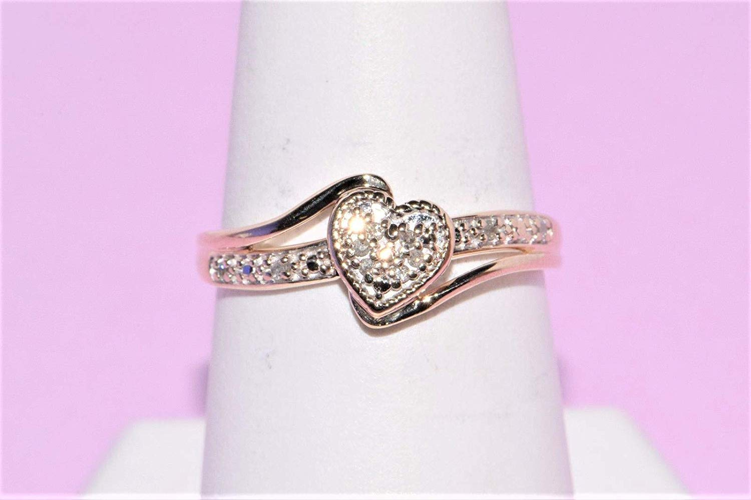 1//8 cttw, Diamond Wedding Band in 10K Yellow Gold G-H,I2-I3 Size-7.25