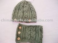 fashion cashmere/acrylic knitted hat neckwarmer set