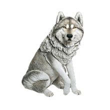 Polyresin cold cast wolf figurine