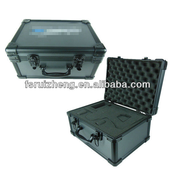 2013 New Design Portable Professional aluminum tool box from China supply RZ-LTO008