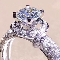 XEYJZ301 Luxury 1ct 5A CZ Not Real Moissanite Retro Flower Shape Wedding Rings Princess Women Platinum Plating Ring Dropshipping