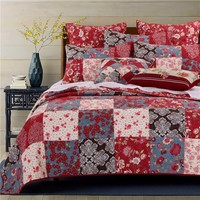 Modern style polyester fabric printed patchwork quilt with pillowcases