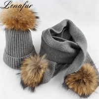 Women Wholesale Warm Soft 13cm 15cm 18cm Real Raccoon Fur Pompom Wool Blend Knit Beanie Hat and Scarf Set