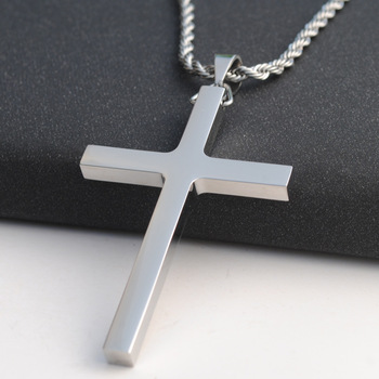 21b182a5384b Hombre de acero inoxidable pulido de plata Cruz colgante collar 24 pulgadas  cadena
