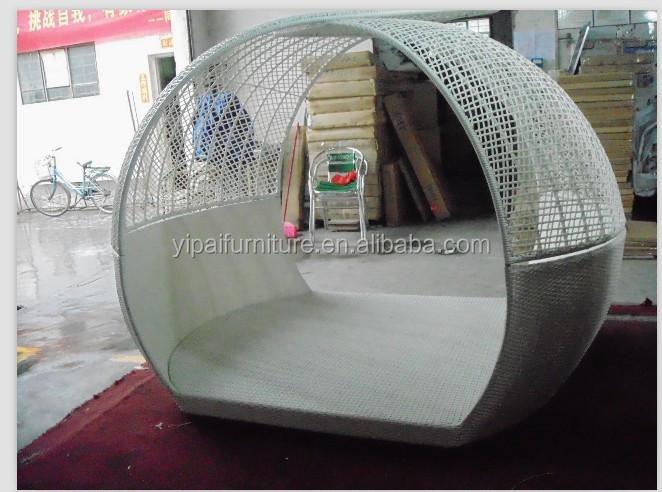 Bianco e viola esterno rotondo cum divano letto design yps055 ...