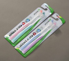 Nylon 612 diamond shape bristle high quality adult toothbrushes in 2 pack