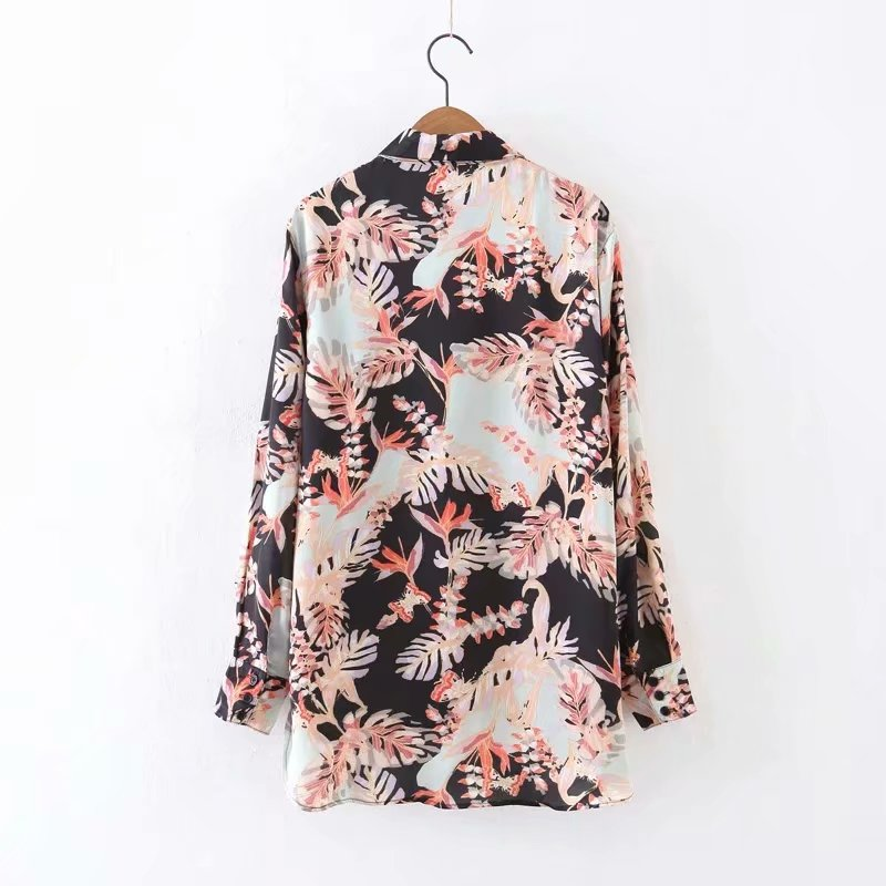 Turn down collar women long sleeve front short back long casual printed chiffon blouse фото