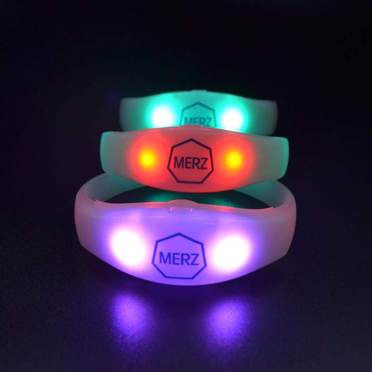 Best price xyloband remote controlled led wristband dmx led bracelet