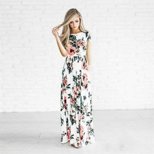 2018 spring and summer hot explosions short-sleeved floral beach dress long dress