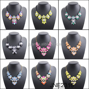wholesale diffuser latest design saudi gold sexy pearl statement necklace pendant choker necklace for women and girls jewelry
