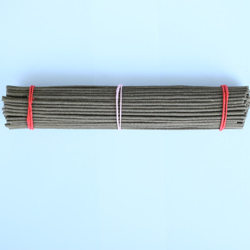 Pure plant mosquito-repellent incense made of wormwood