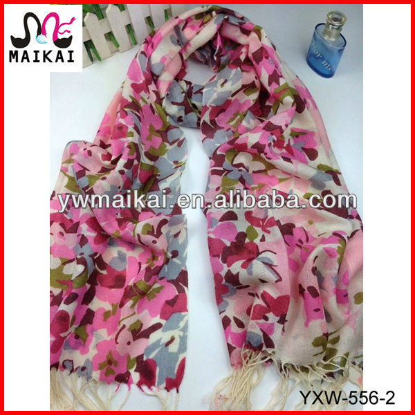 Women's winter fashion floral print merino wool scarf