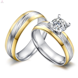 2018 New Arrivals Custom AAA Zircon 316L Stainless Steel Wedding Ring Sets
