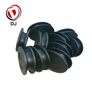 1.15 Density Nylon Pulleys Sheaves Small Rope Plastic Pulleys For Sale