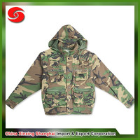 Rip-Stop Camouflage Suit and maple leaves printing men's outdoor camouflage uniform