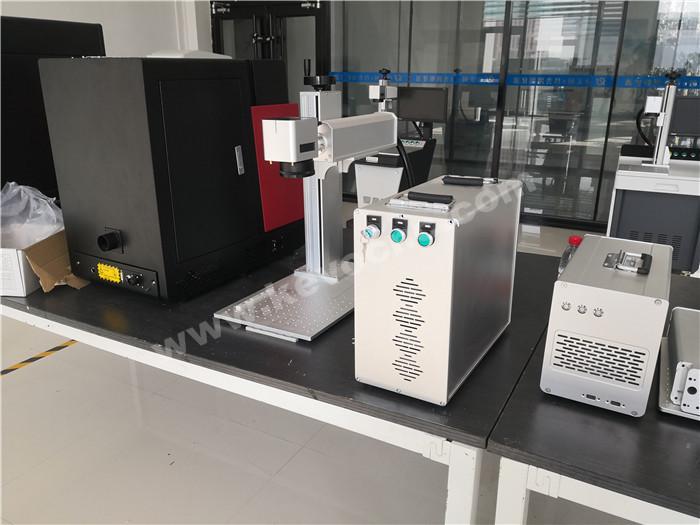 HTB1U6yHRmzqK1RjSZPcq6zTepXaq - 30W small fiber laser marker for small business Fiber Laser metal engraving machine with motorized Z axis