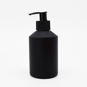 cosmetic packaging 200ml black glass bottle frosted facial toner bottle with black pump in stock