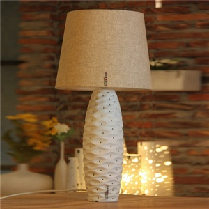 Simple fashion fabric shade E27 bedside desk light bedroom table lamp for hotel home