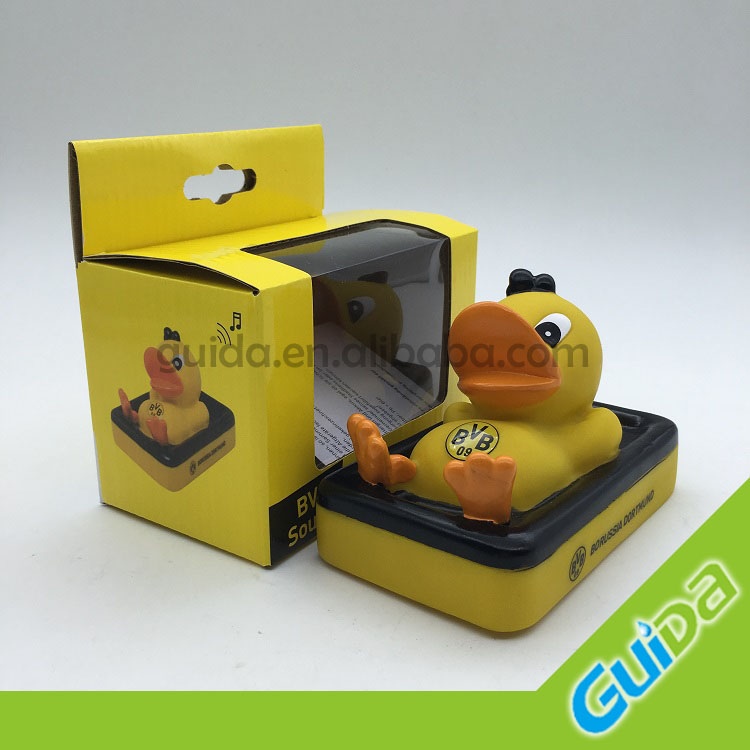 music duck bath toys /LED flash duck with best price toys/custom made football fans gift duck