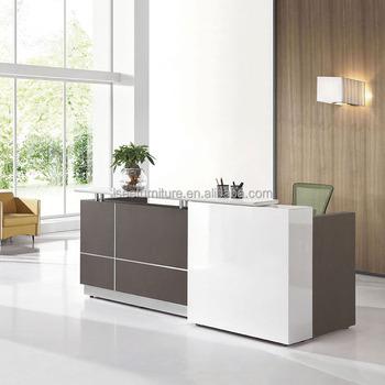 comptoir de bureau affordable banque duaccueil en bois aluminium et verre with comptoir de. Black Bedroom Furniture Sets. Home Design Ideas