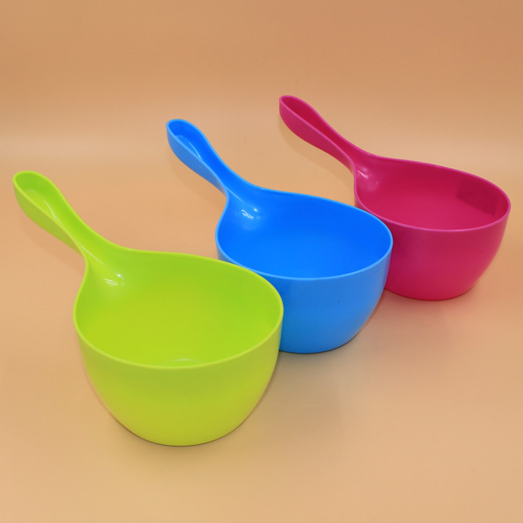 N290 hot sale useful and colorful plastic water scoop for kitchen use