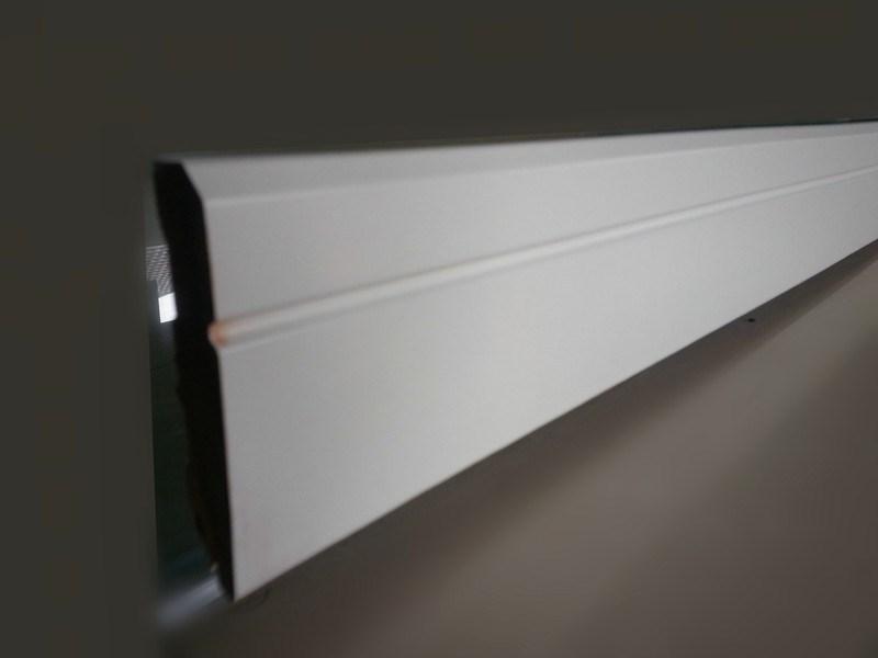 holz sockelleiste wei primer gu formteile produkt id 100000467336. Black Bedroom Furniture Sets. Home Design Ideas