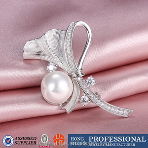 Hot Sale High Quality Graceful Tie Brooch for Women