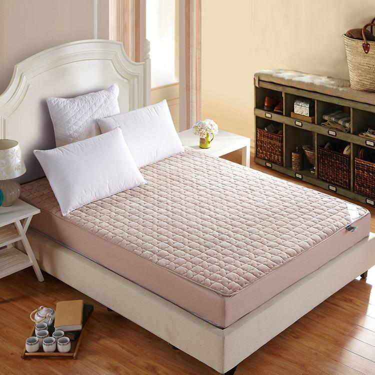 Latex full mattress cover