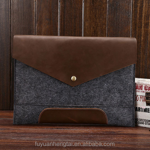 Rich and elegant felt laptop bag attached leather