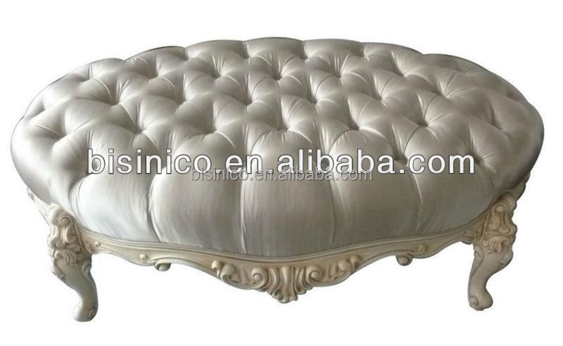 Colore bianco classico intagliato a mano in legno massello ...