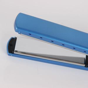 Wholesale flat irons blue titanium hair straightener 1 1/4 inch