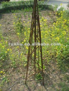 Willow Metal Garden Obelisk