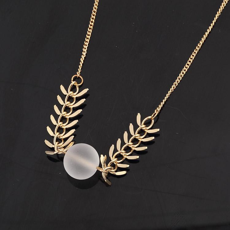 2016 Новая Мода Белый Хрустальный Шар Fishbone Ожерелье Для Женщин Модный Позолоченный Лист Ожерелье 8687