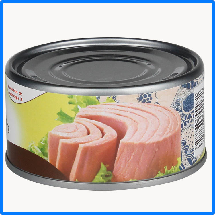 juicy tuna fish in tin rich in balanced nutrition