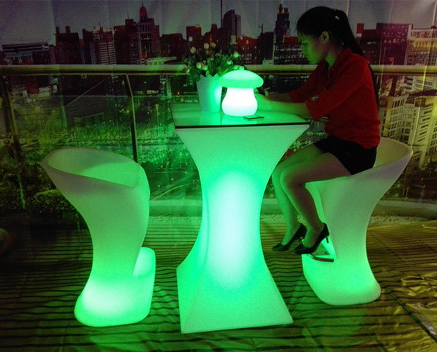 square smaller waist high led cocktail tables for hotel or bar using