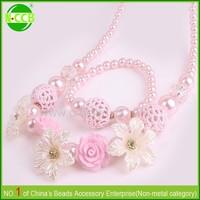 Yiwu children pink flower chunky bubblegum handmade fabric necklace