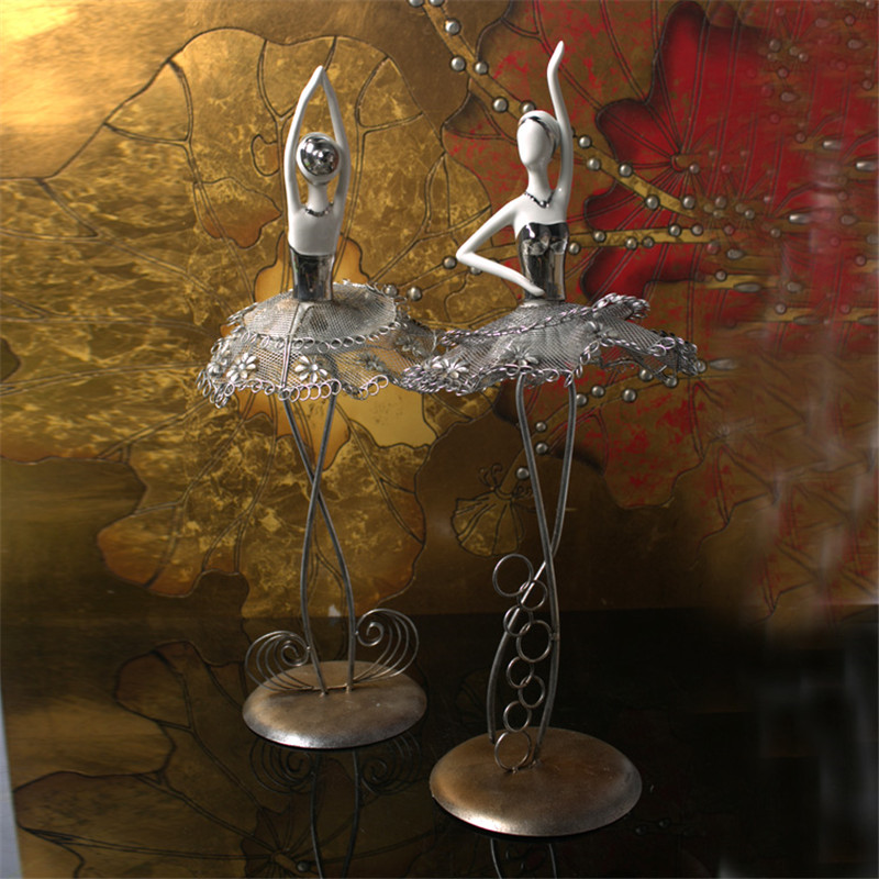 Wholesale new design creative gift modern <font><b>home</b></font> <font><b>decoration</b></font> iron <font><b>elegant</b></font> ballet dancer figures crafts Metal statue arts ornaments
