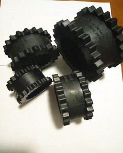 The size5J 6N 7N 8N Neoprene insert Sleeve Couplings with cast iron flanges