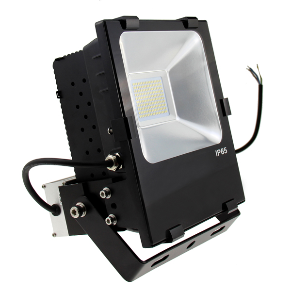 outdoor led flood lighting with dusk to dawn photocell. Black Bedroom Furniture Sets. Home Design Ideas