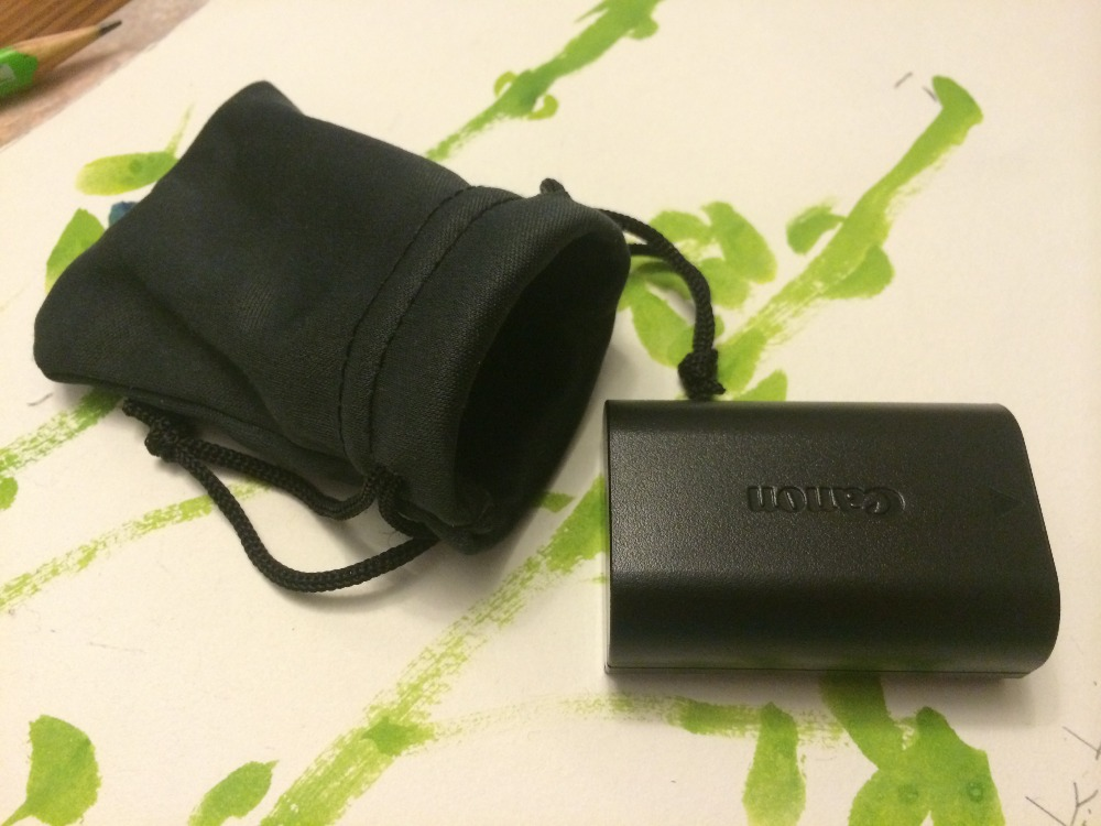Super Absorbent Microfiber Camera Battery Pouch