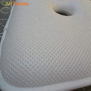 Newborn Breathable 3-Dimensional pillow with 100% polyester
