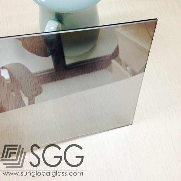 Top quality half reflective and half transparent mirror one /two /2 way mirror for TV screen