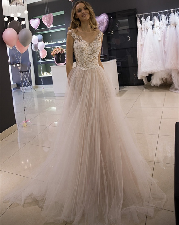 ca081082658a8 Şeffaf O-boyun Kısa Kollu düğün elbisesi A-Line düğün elbisesi Bahçe Ucuz  gelin