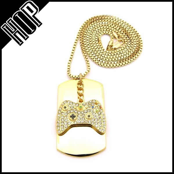 18K Gold Hip Hop Dog Tag Necklace With Game Controller