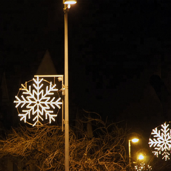 Outdoor Led Lights Snowflake Christmas Flagpole 2d Lighted Silhouettes Sculpture For Commercial Displays