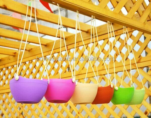 2016 Desktop Plastic Flower Pot PP Injection Moulding Plastic Plant Pot With Hanger